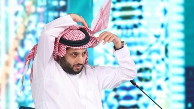 رسائل نارية من تركي آل الشيخ بعد زيارته لمحمود الخطيب